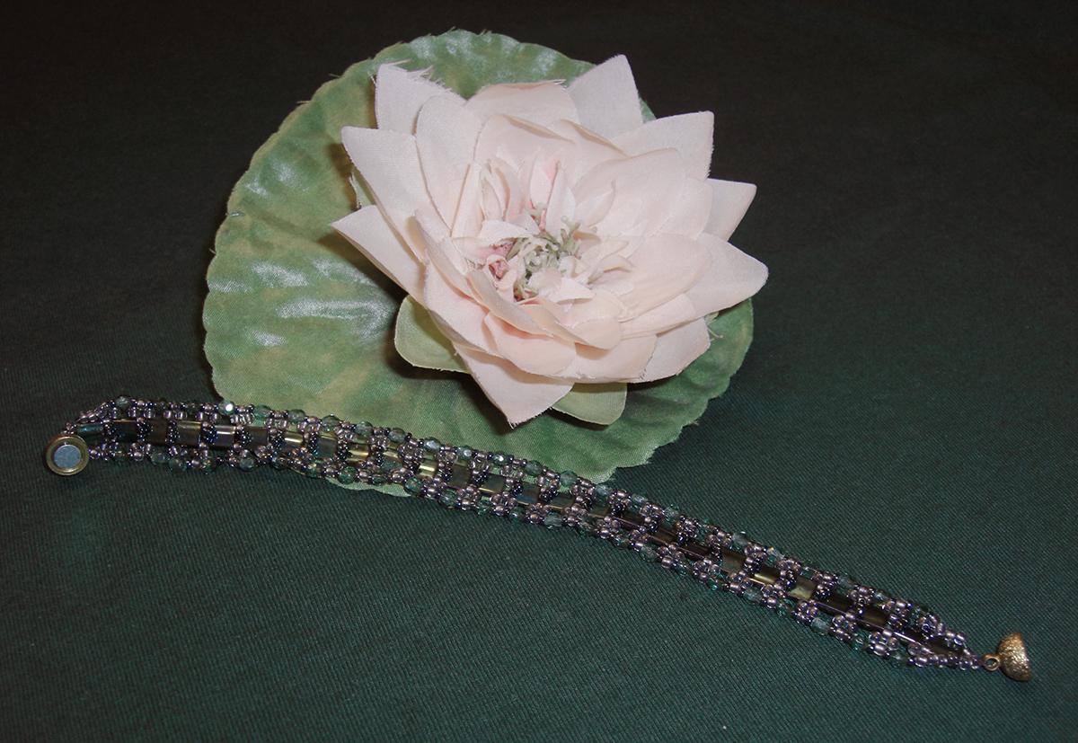 Tila-Armband